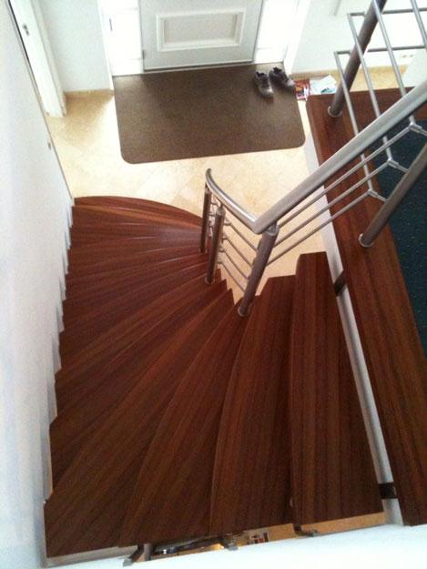 Modern houten design trap