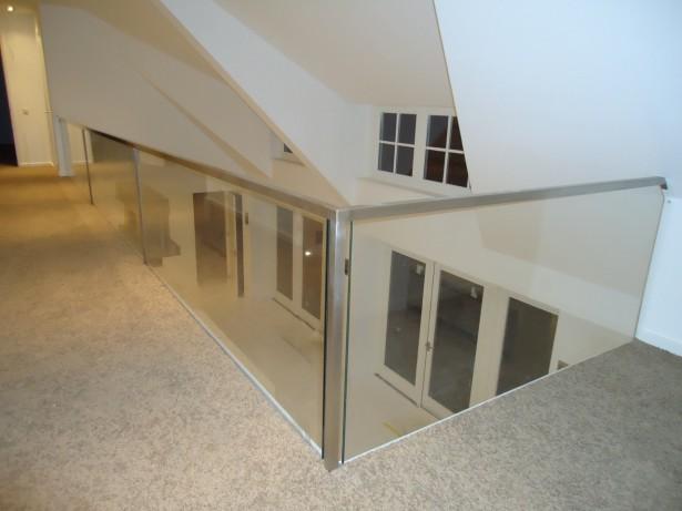 Moderne vide balustrade