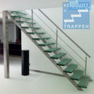 Vrijdragende glazen Kenngott trap