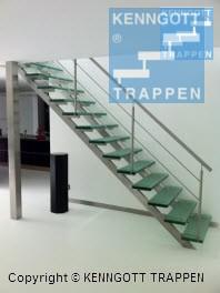 G104_Glazen_trap_zaz2_klein